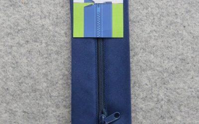 June Tailor – Zippity-Do Done! Zipper with Casing – 18″ Navy
